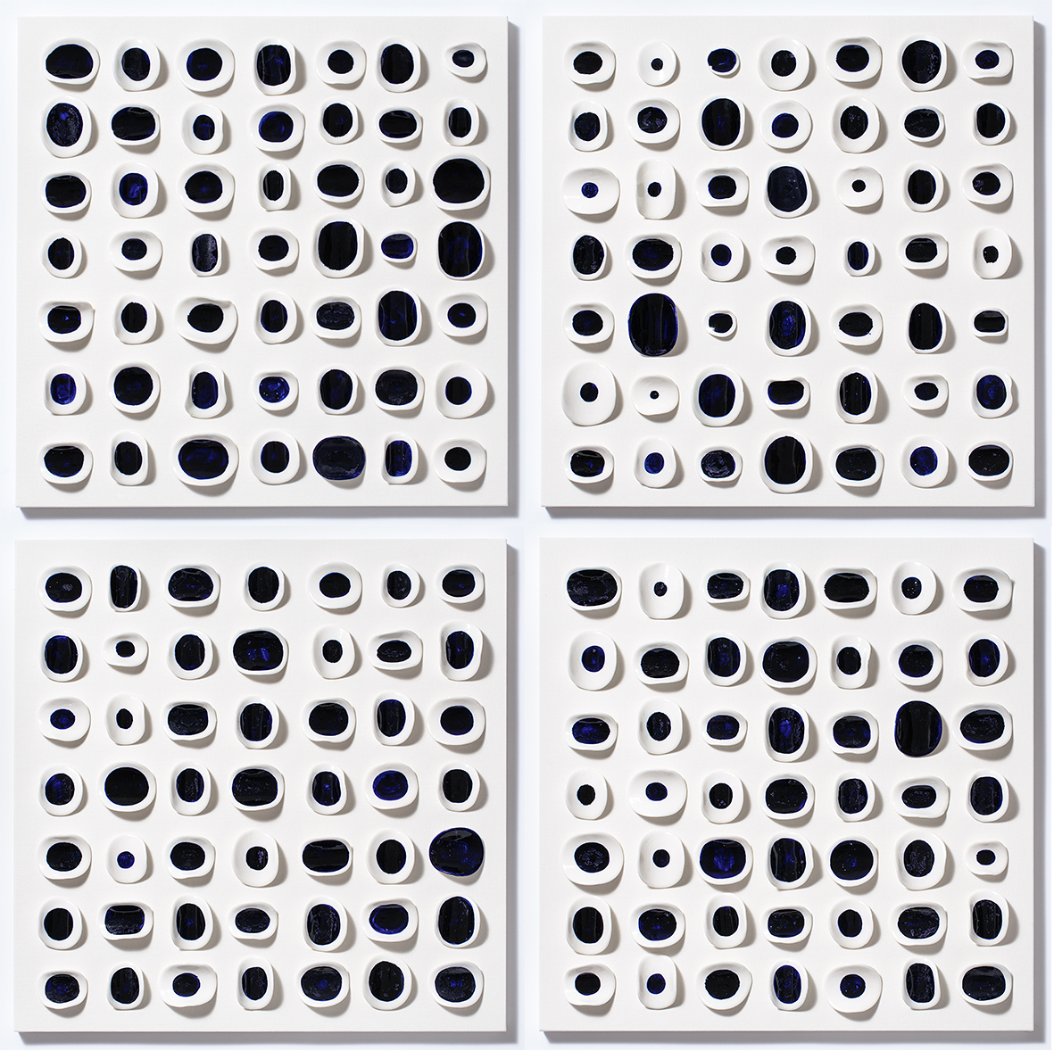 Blue Dots, Hjung Kim