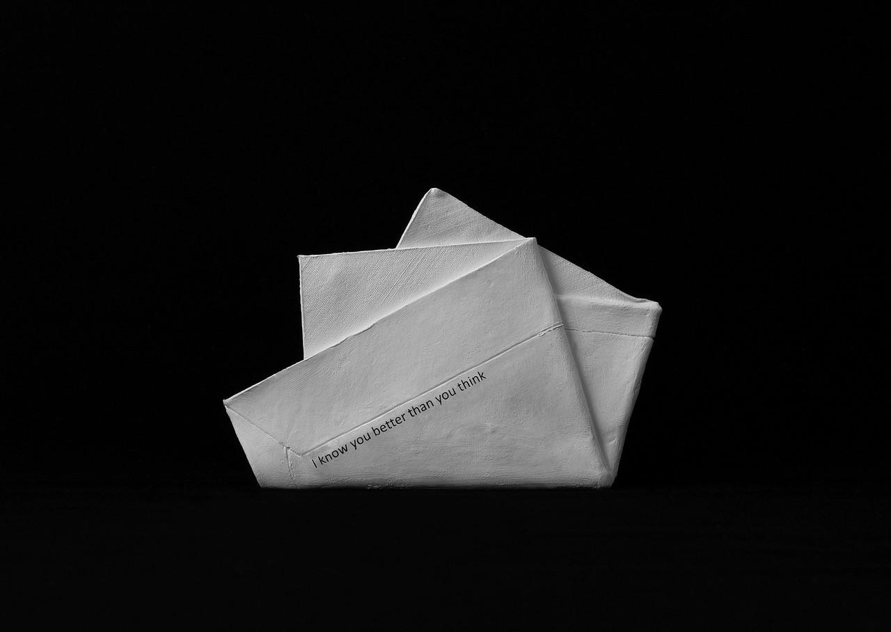 Envelop(e)s