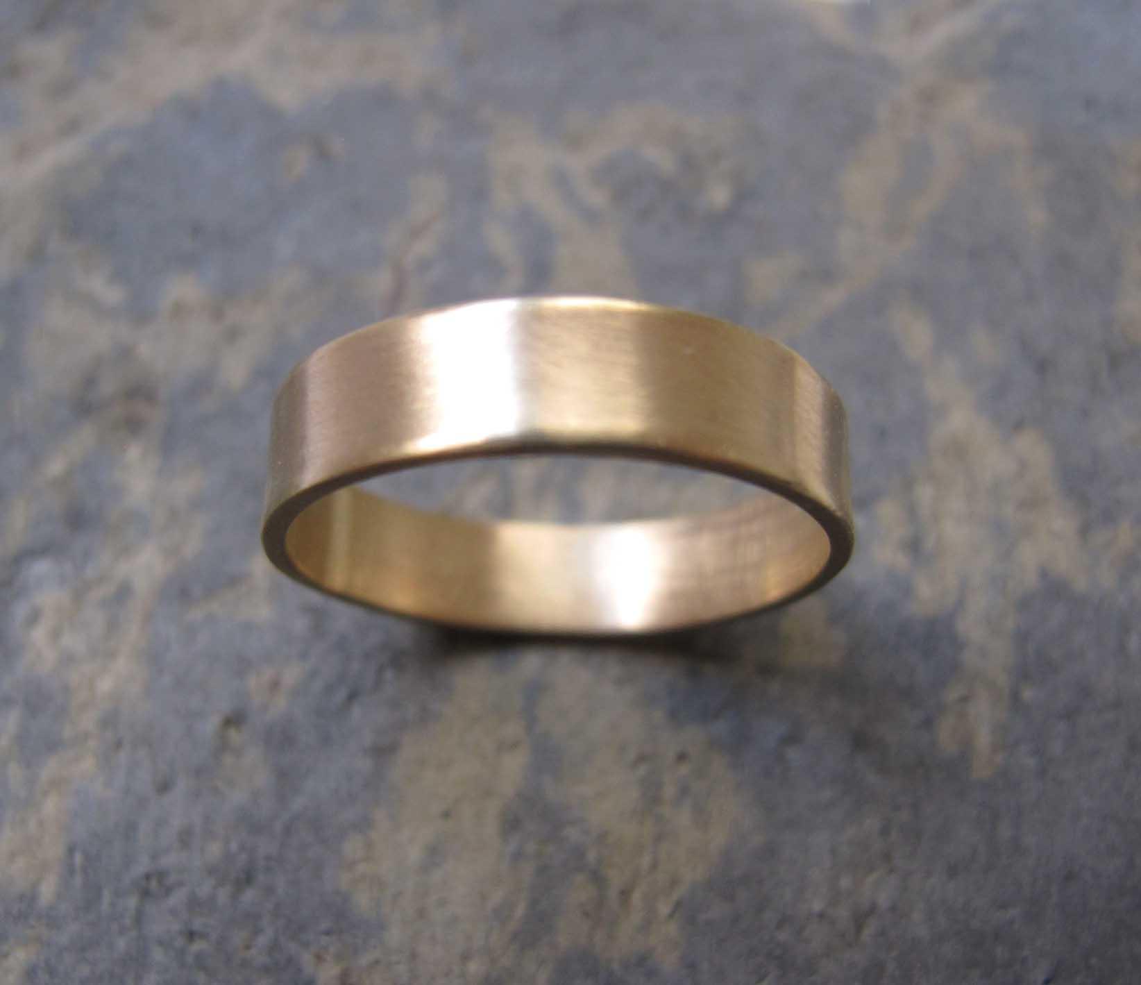 9931a3523c1bb Handmade men's gold wedding rings London | London's Artist Quarter
