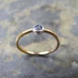 Handmade gold ring with sapphire - Handmade gold ring